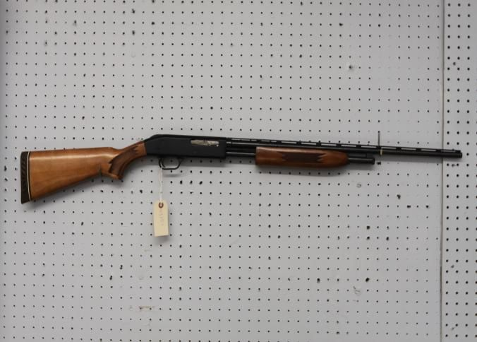Mossberg Pump Action Bore Shotgun Marked Chambered For 2 And 3 In Ss 24