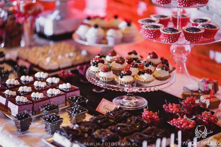 23. Rock Wedding,Sweet table decor,Sweets / Rockowe wesele,Słodki stół,Słodkości,Anioły Przyjęć