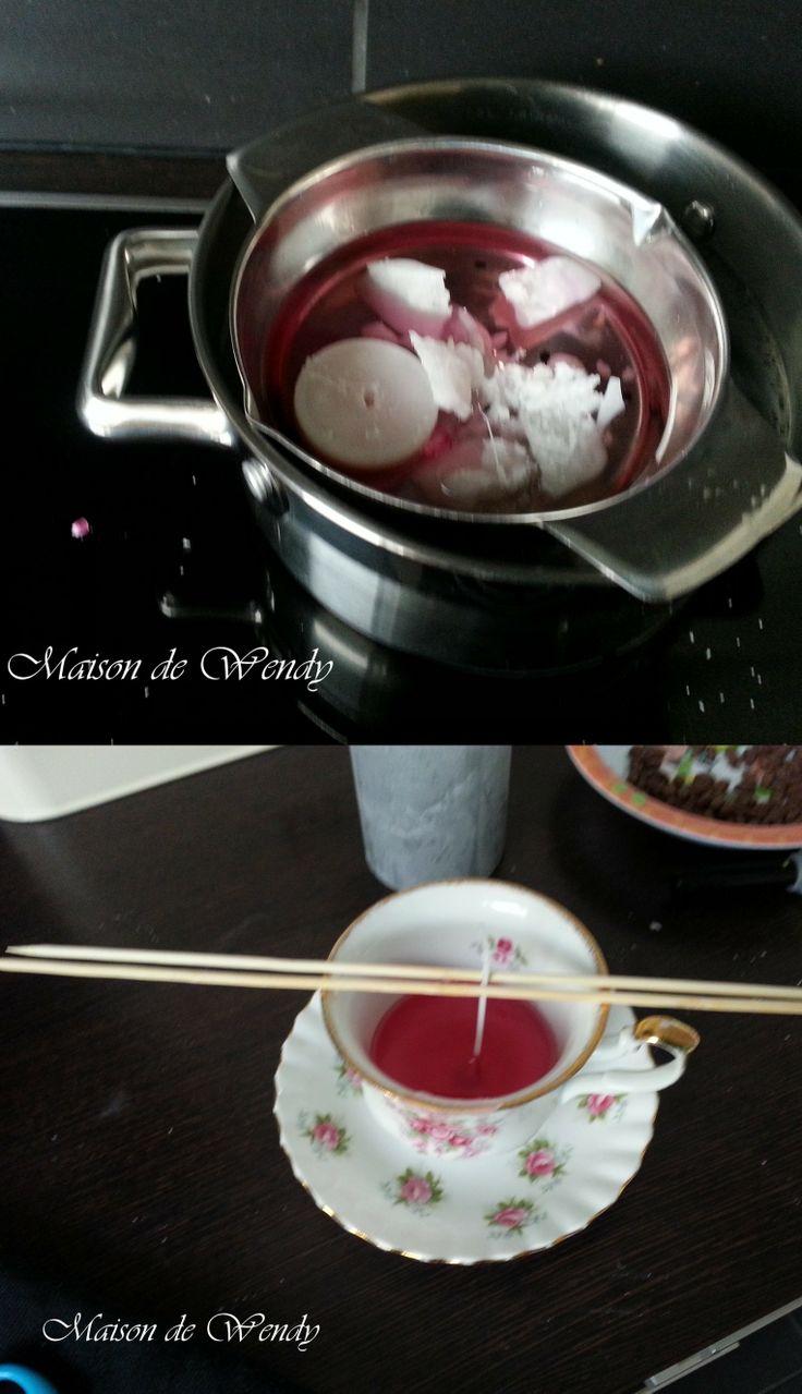 DIY kaarsen maken Oude kaarsen omsmelten in bv een glazen kom (zoals chocolade smelten au bain marie). lontje van oude kaars herbruiken of kopen in een hobbyzaak.