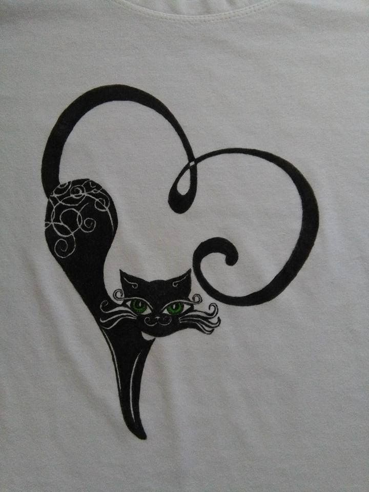 T-shirt black cat detailed