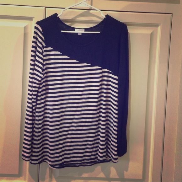 Full sleeve top Striped black and white top. Very good condition Charming Charlie Tops Tees - Long Sleeve