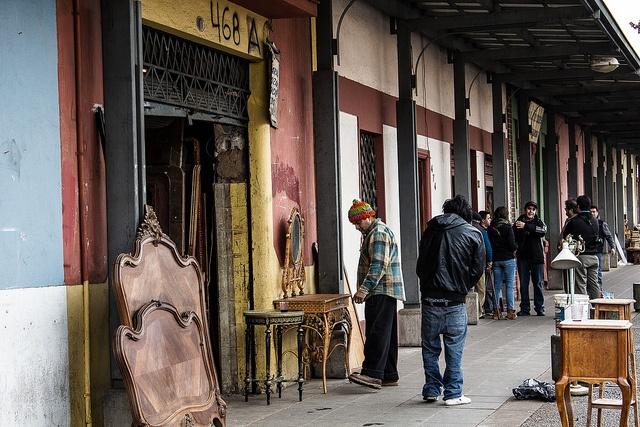 Feria de muebles, Barrio Italia - Chile