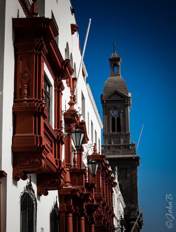 Municipalidad de La Serena y La Catedral de San Bartolomé de La Serena - La Serena, Chile.