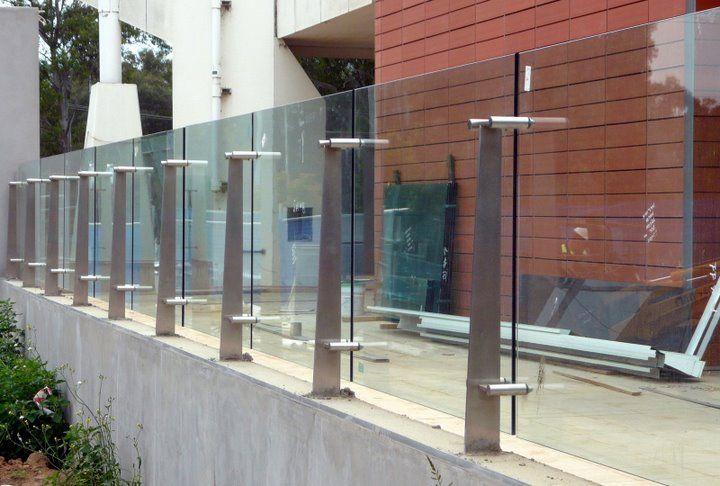 Glass Balustrade and post.jpg (720×486)
