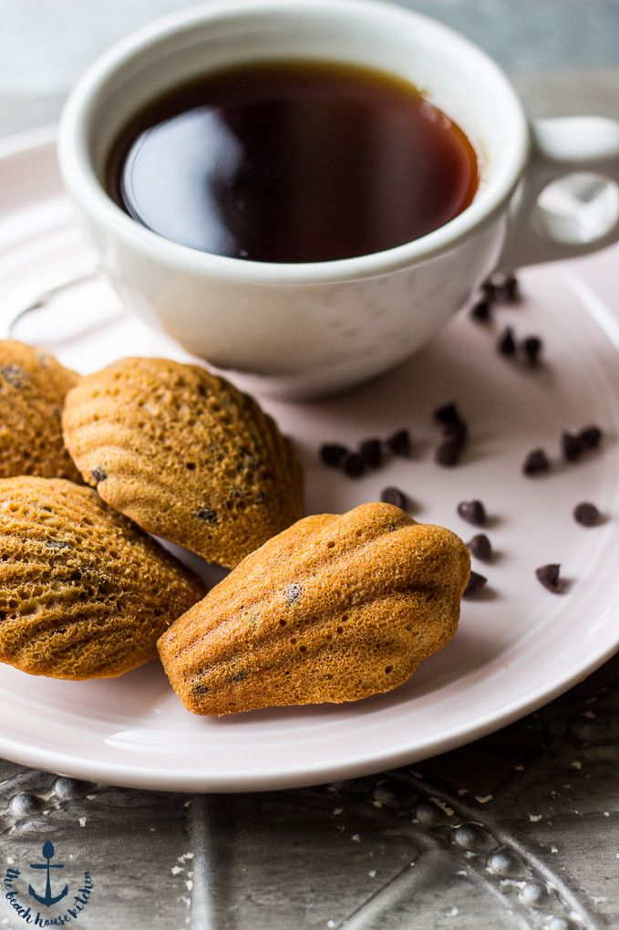 These Espresso Chip Madeleines are such an elegant little treat. Fun to bake and perfect to share!