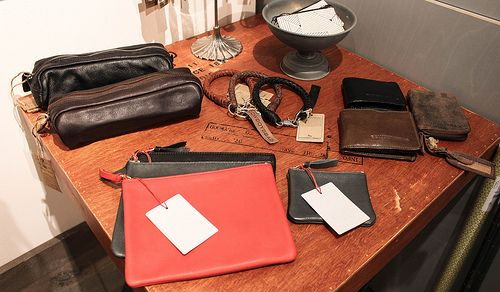 leather accessories   Harmony   Berlin   Mitte  bold.color.glass blog