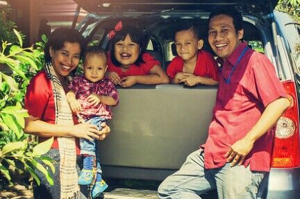IN red. #family #indonesian #andhanghabsoro'sfamily