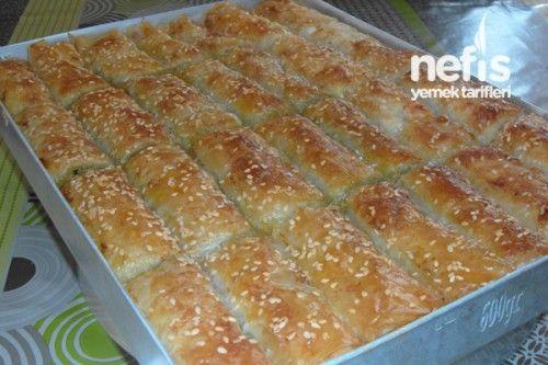 Ispanaklı Börek (Baklavalık Yufkadan) Tarifi