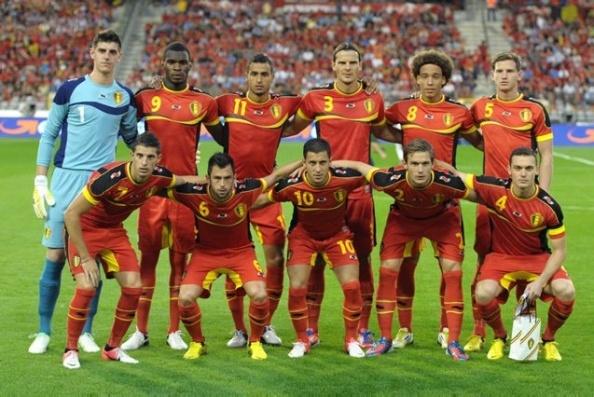 Rode Duivels - Red Devils - Belgium   Hazard  - Van Buyten - Vertongen - Witsel -  Courtois - Benteke - ...