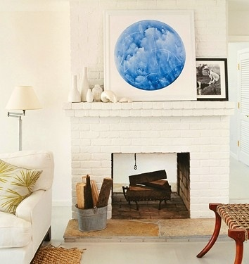 WHITE BRICK FIREPLACE and layering on the mantel.