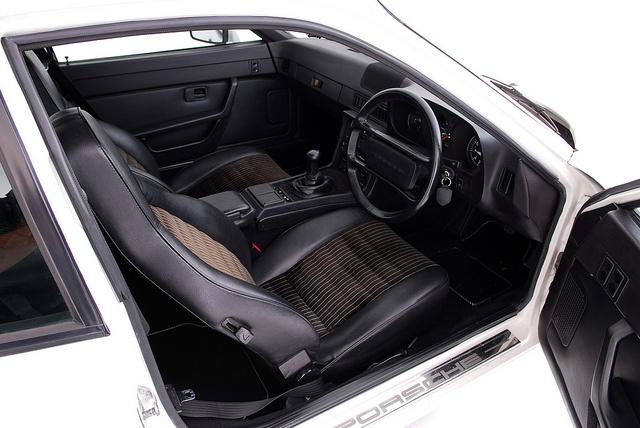 17 best images about porsche 944 924 on pinterest cars for Porsche 924 interieur