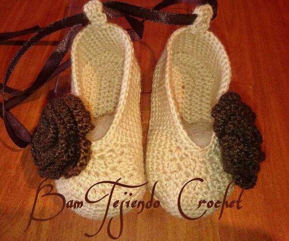 Coquetos zapatitos  niña