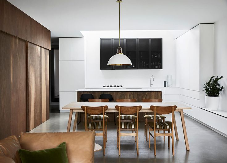 Behind its heritage terrace façade, it's definitely about the display of contemporary modernism in this Spotted Gum Northcote House by Taylor Knights.