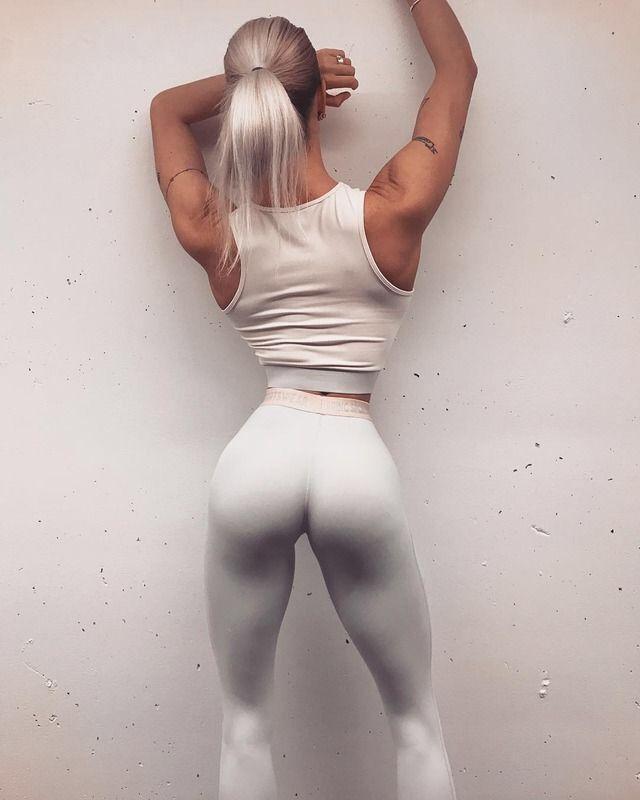 9 best butt exercises big booty workout exercises. Black Bedroom Furniture Sets. Home Design Ideas