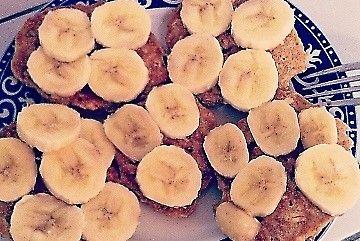 Idealne na śniadanie, owoce, błonnik, trochę węglowodanów oraz białko, idealne śniadanie , super smaczne (: