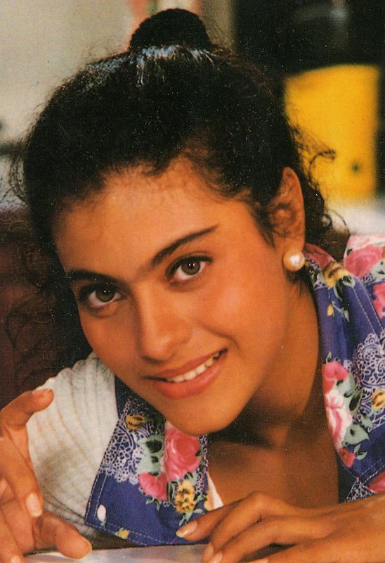 Kajol - Dilwale Dulhania Le Jayenge - DDLJ (1995)