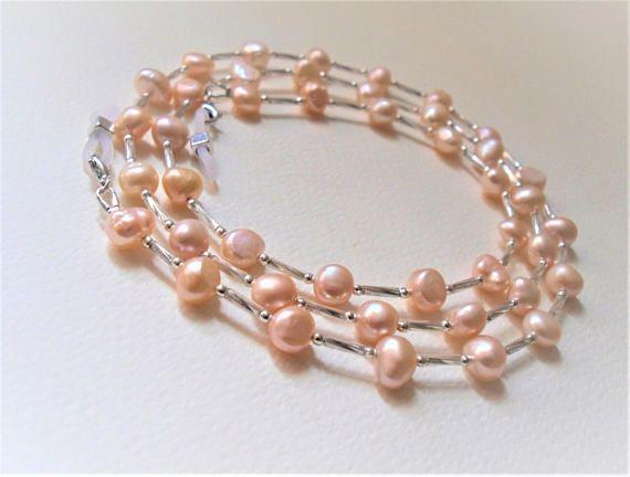 Luxury Lanyards/Light Pink Freshwater Pearls/Glasses