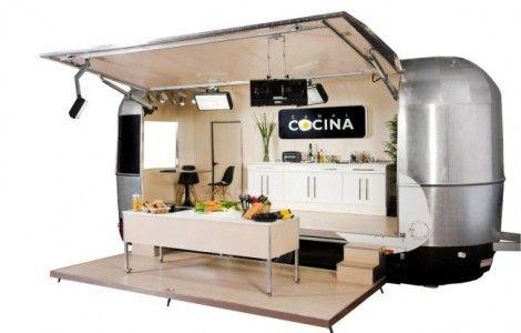 """La caravana de Canal Cocina llega a Burgos para iniciar la grabación de """"Hoy cocina el alcalde"""" - http://www.conmuchagula.com/2013/04/16/la-caravana-de-canal-cocina-llega-a-burgos-para-iniciar-la-grabacion-de-hoy-cocina-el-alcalde/"""