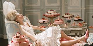 Pure opulence...perfect dessert lay out #MarieAntonette #extravagant #dessert #wedding #pink #fancy