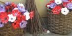 Fiori e bouquet dalle bottiglie di plastica