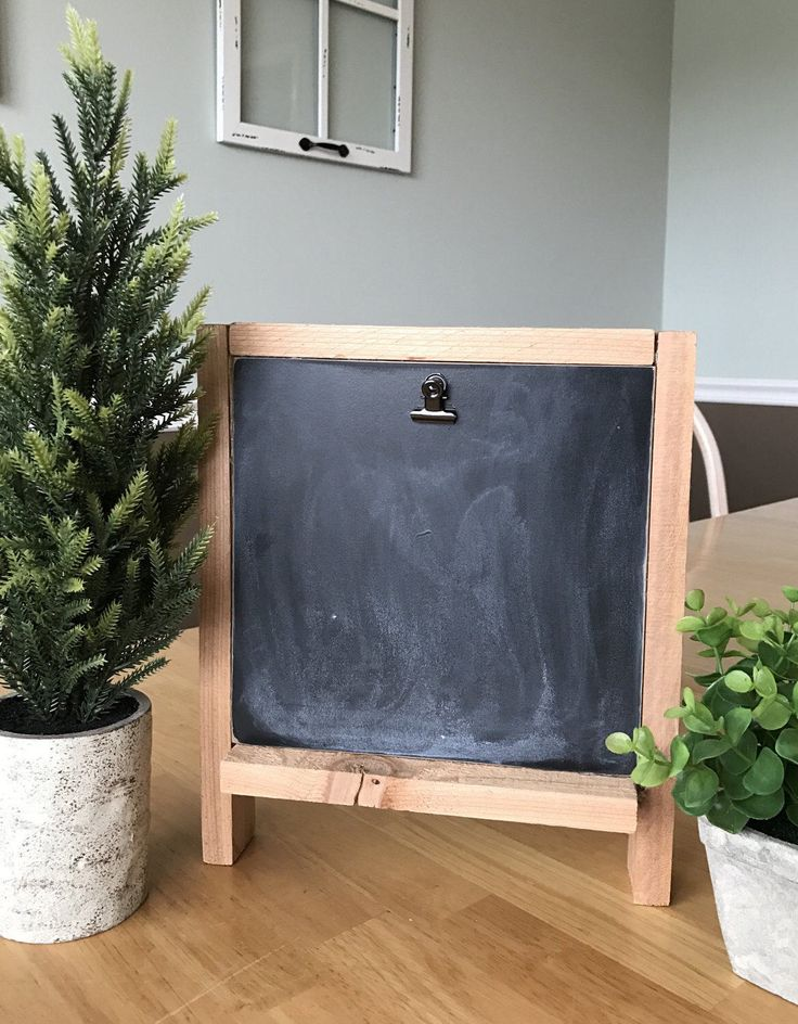 Chalkboard Picture Frame by MyFourBears on Etsy https://www.etsy.com/listing/516782527/chalkboard-picture-frame