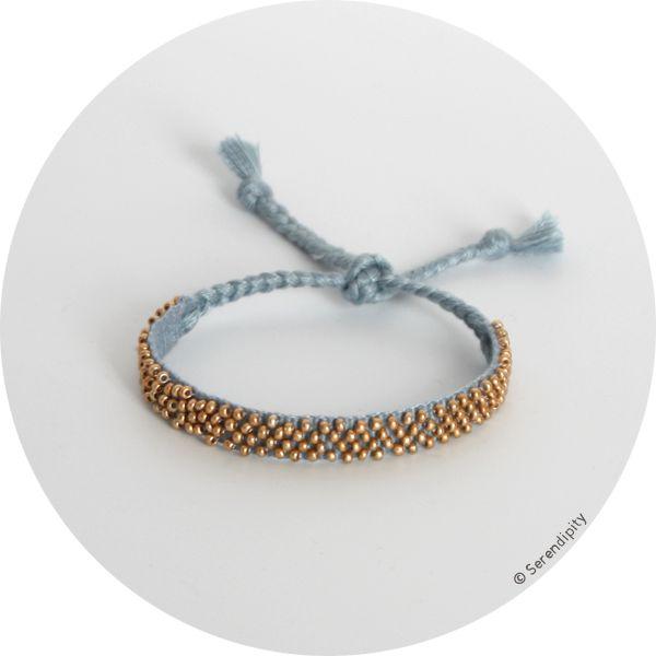 Bracelet Rakhi à perles pour l'association Samajhna .:serendipity.fr:.