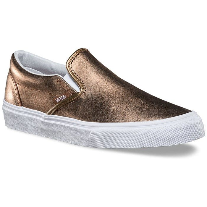 in LOVE with these rose gold Vans slip ons.