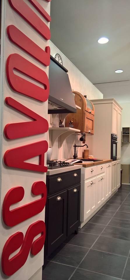 Favilla la cucina dal fascino industriale con richiamo alle case di campagna, elegante attuale e senza tempo. www.stiglianiarredamenti.it https://www.facebook.com/ScavoliniKitchensGenova/
