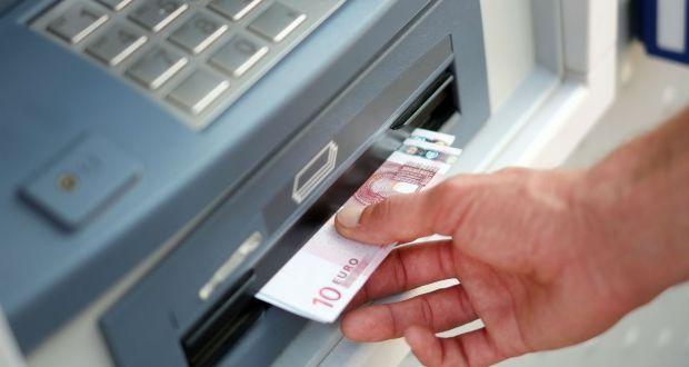 La Société Générale et BNP Paribas factureront au 1er janvier 2016 des frais de tenue de compte à le...