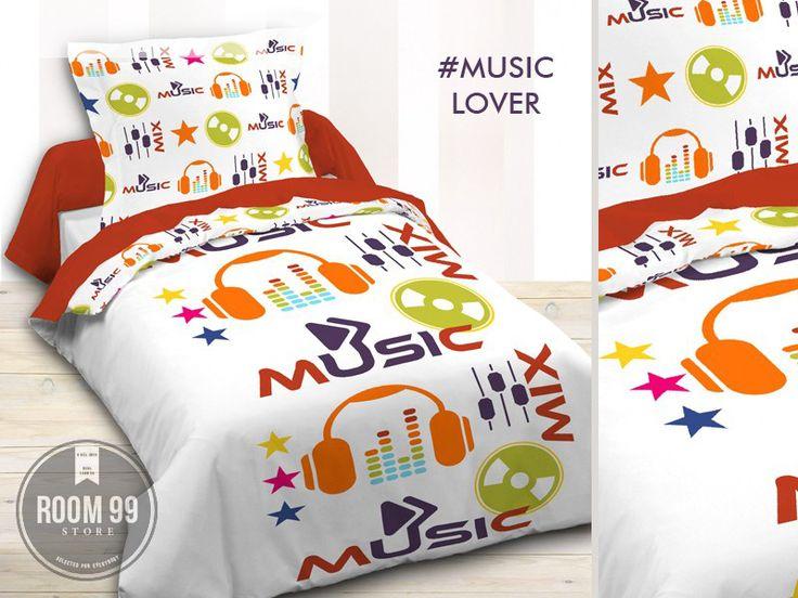 Biała pościel na łóżko do sypialni z motywem muzycznym