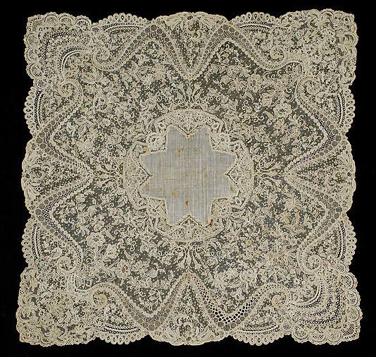 Exquisite Lace Wedding Handkerchief