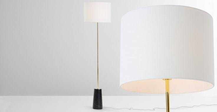 Rita Stehlampe Messing und Marmor - MADE.COM Jetzt bestellen unter: https://moebel.ladendirekt.de/lampen/stehlampen/standleuchten/?uid=234c9e80-3217-5775-a210-19eeee8b56b0&utm_source=pinterest&utm_medium=pin&utm_campaign=boards #stehlampen #leuchten #lampen
