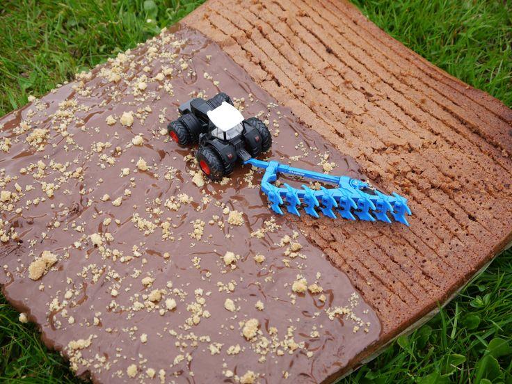 schokoladiger Traktor-Kuchen