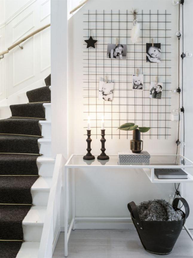 Vit trappa med matta