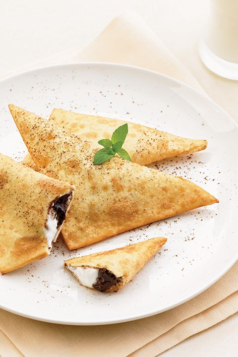 INGREDIENTS BY SAPUTO | Looking for original recipe ideas? For a crispy spin on dessert, try our fried ravioli with banana, chocolate and Saputo Ricotta cheese.