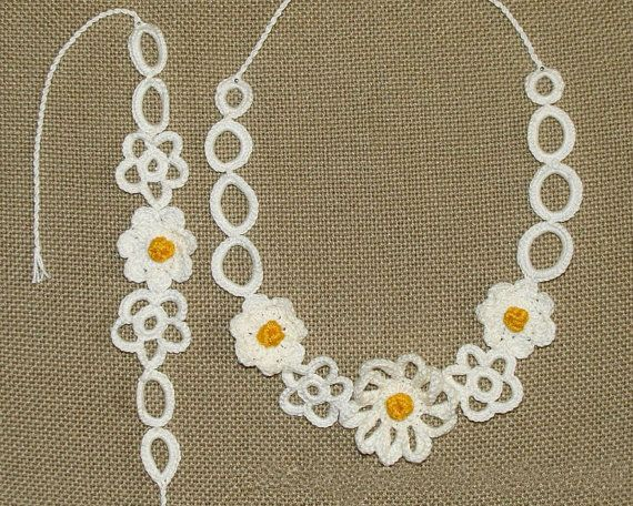 Romantic crochet necklace and bracelet with lovely by zolayka,