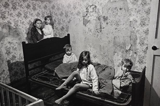 In pictures: Haunting images of Glasgow slums reveal ghosts of poverty in new exhibition - Daily Record