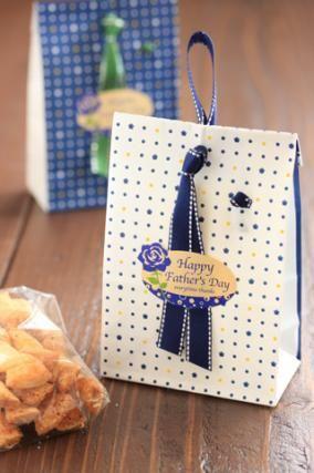 「父の日 焼き菓子のラッピング」お菓子教室SweetRibbonが提案する簡単かわいいお菓子ラッピング | お菓子・パンのレシピや作り方【corecle*コレクル】