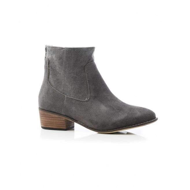 The Smith Boot. Also available in Sand & Taupe.
