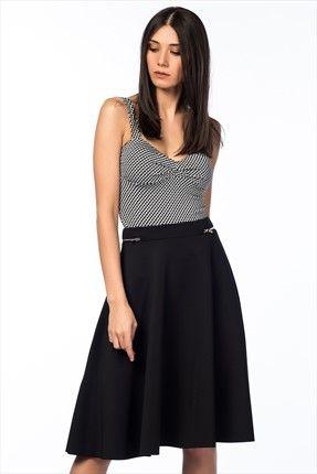 Haftalık Stil Rehberi by Olgun Orkun · Kadın Tekstil - Siyah Etek O&O-5B017078 %61 indirimle 54,99TL ile Trendyol da