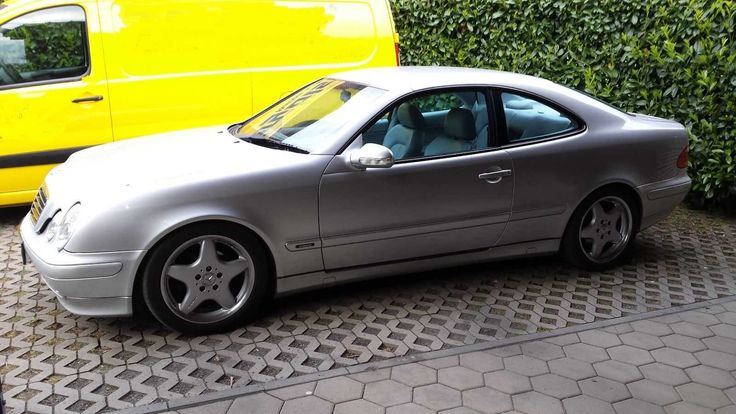 Mercedes Benz W208 Kompressor 129600 KM TÜV Leder AMG Felgen top Zustand MOPF