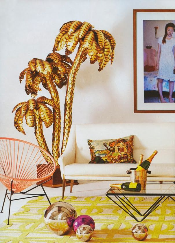 These palm tree lamps bring the relaxed beach vibe to your living room, regardless of the weather!