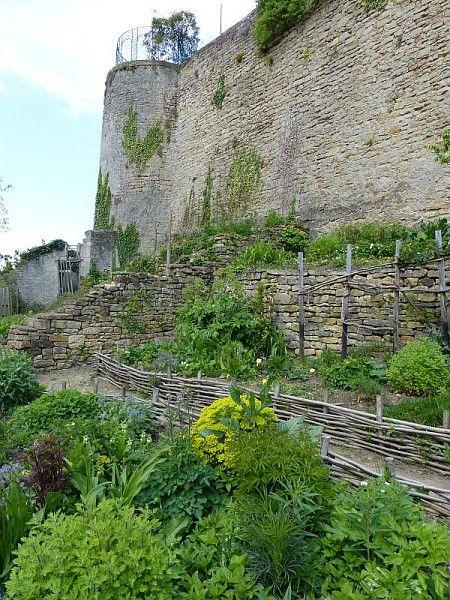 Jardins médiévaux, Briey, Meurthe et Moselle ; Photographe Dominique Cornille / ©Pôle images-AgroParisTech