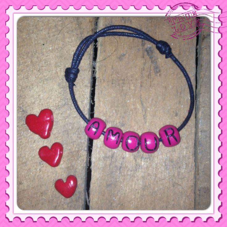 Bracelet message...