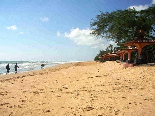 Lombang Beach    Madura - Indonesia
