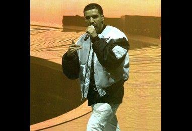 Injured Drake postpones tour dates