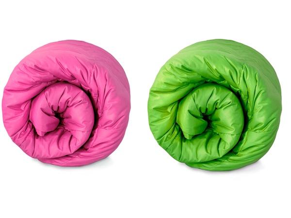Quando ci si riposa, il colore, a volte, è tanto importante quanto il comfort! E allora parliamo di TRAPUNTE LETTO #trapunteletto #cameradaletto #arredamentocasa #colore http://www.arredamento.it/articoli/articolo/biancheria/2526/trapunte-letto-un-soffice-dormire.html