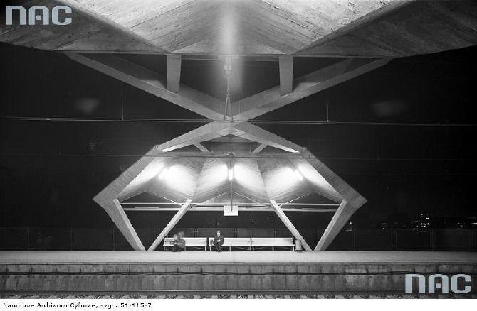 Dworzec Powiśle | Linia średnicowa - Powojenny Modernizm