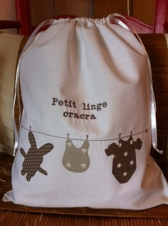 Un drôle de petit sac à linge sale                                                                                                                                                                                 Plus
