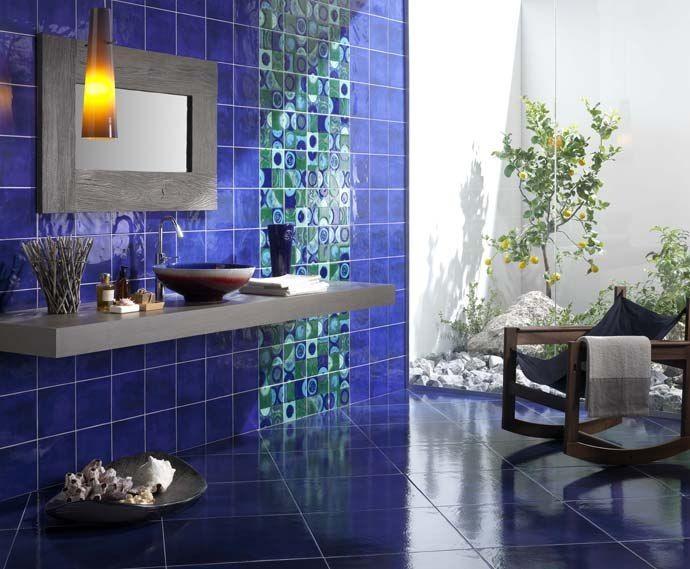 dark blue bathroom foto 1